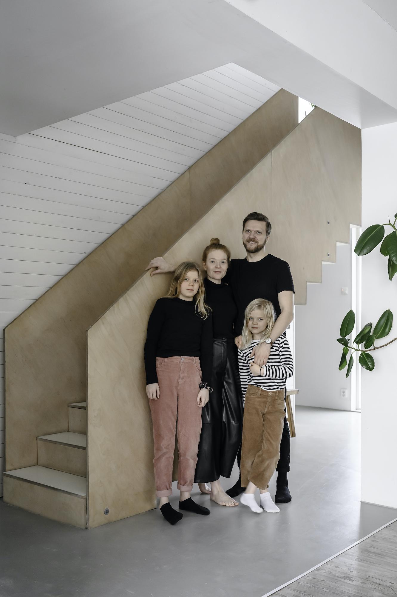 takkunen-eeva-tapani-perhe