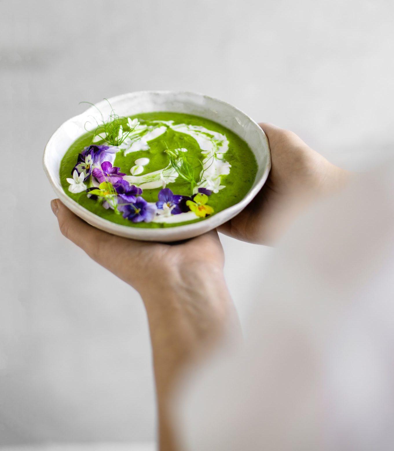vihreä-kesäkeitto-resepti-bo-lkv-marja-wickman